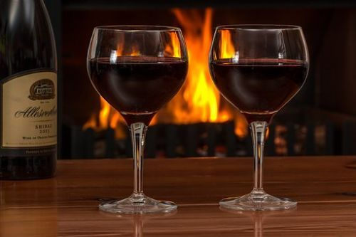 red-wine-2443699__340