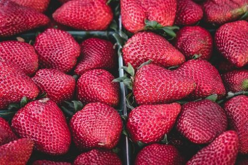 strawberries-1326148__340